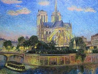 パリの街角 ノートルダム大聖堂 暮色の画像