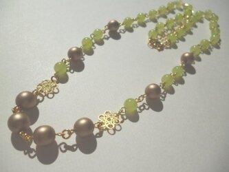カルセドニー・パールのネックレスの画像