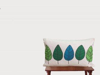 森のクッション  Greenl leafの画像