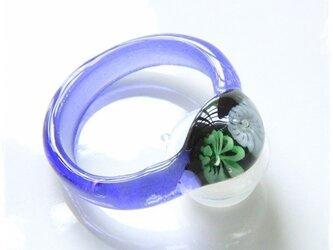 ガラスのリングの画像