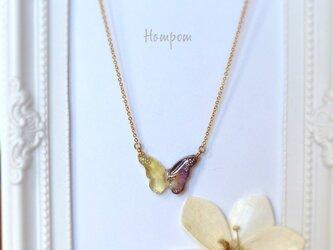 スミレの蝶々ネックレス ホムポムの画像