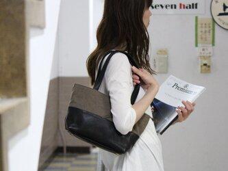 halb-mini-オリーブ(タンニン染め帆布×杤木レザートートバッグ)の画像