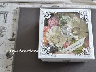 ガラスのレインボー花box*リングピローの画像