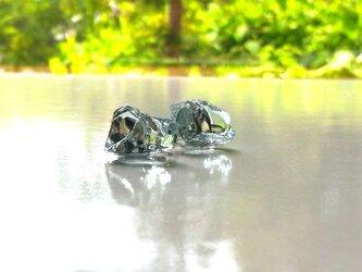 硝子の結晶イヤリングの画像