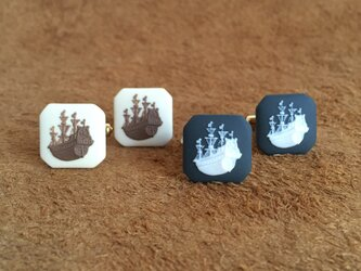 帆船 カフスボタン【ベージュ×茶】の画像