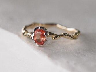 桃色のサファイヤ指輪の画像