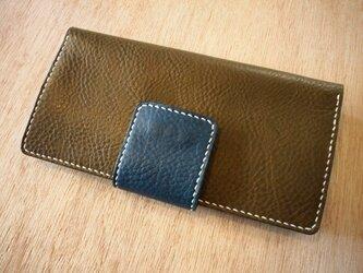 大きめベルトの長財布(オリーブ)の画像
