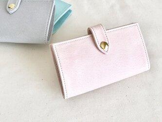 淡いピンク色のiphone7ケースの画像