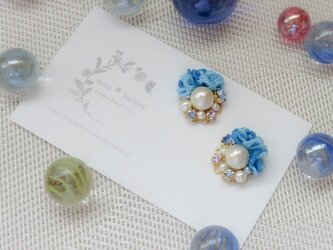 【送料無料】爽やかブルーflower&cotton pearlピアス/イヤリング#142の画像