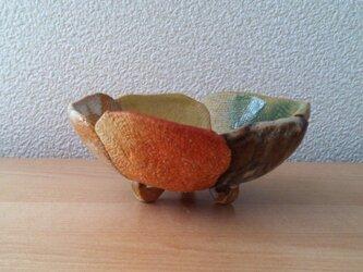五色の釉薬をかけた小鉢の画像