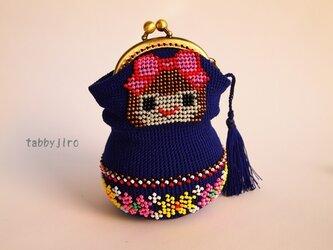 ビーズ編みのがま口-マトリョーシカの画像