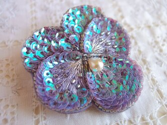 輝く紫のパンジーブローチ 蒼き星 Bの画像