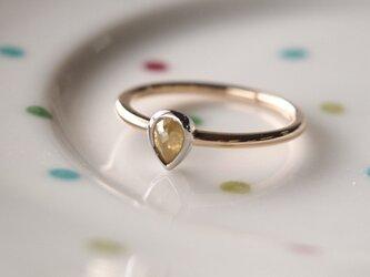 イエローダイヤモンド指輪の画像