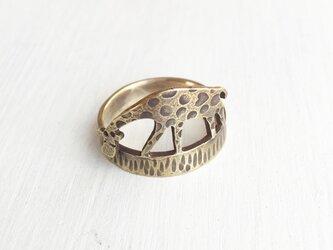 ハートのアミメキリンのリング(受注制作品)の画像