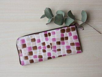 【新作!】ステンドグラス模様のスリムな長財布 L字型 ピンクの画像