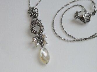 銀の粒*白蝶貝×淡水真珠のネックレス の画像