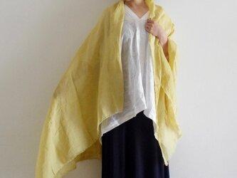 黄金花染め 薄手リネンのストールの画像