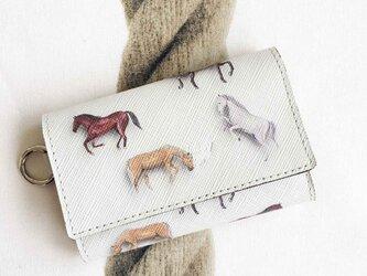 華麗なる馬 牛革カードも入るキーケースの画像