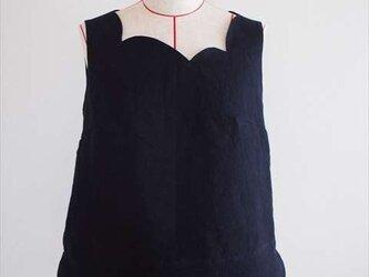 flower bud -no sleeve,square neck,navy-の画像