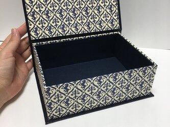 オルゴールタイプの収納ボックスの画像