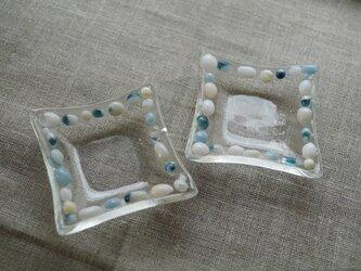 ガラスの豆皿 貝殻の画像