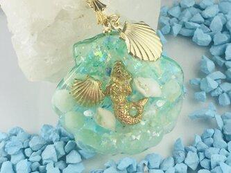 アクアマリン 赤サンゴ入り Mermaid in the seaオルゴナイトペンダントの画像