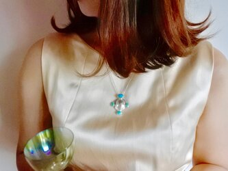 トルコ石のネックレスの画像