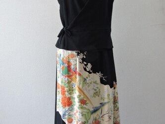 着物リメイク:留袖のカシュクールセットアップ(鳥と花)の画像