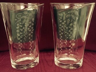 藤の合わせグラス•ペア〜手彫りガラス〜の画像