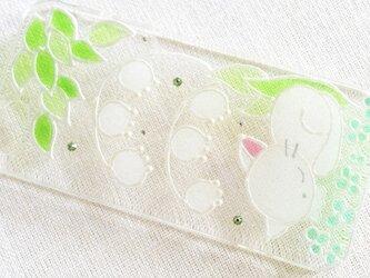 ☆iPhone・他機種作成可☆ ステンドグラス風ダイヤモンドクリスタルケース*うたたねこ(猫&スズラン)*の画像