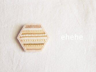 SHIMA-goldブローチの画像