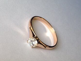solitaire ringの画像