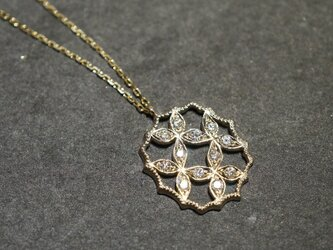 4 petal flower necklace Ⅲ{P066K10YG}の画像