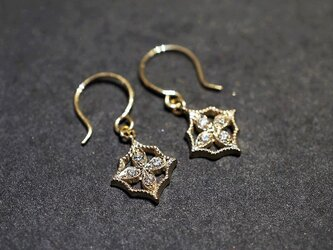 4 petal flower earrings Ⅰ{EP044K10YG}の画像