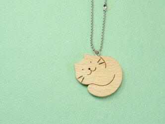 まんまるネコ / 猫 木のキーホルダーの画像