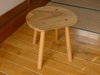 クスノキの丸テーブルの画像