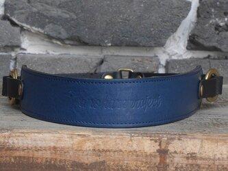 ヌメ革のカメラストラップ Mサイズ ブルーの画像