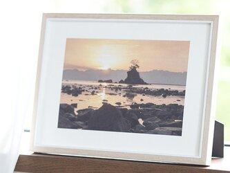 和紙でつづる光の兆し 太陽、雨晴海岸 (額無し 裏打ちあり)の画像