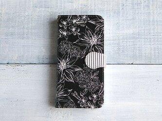 手帳型スマホケース/ボタニカルフラワー柄*ブラックの画像