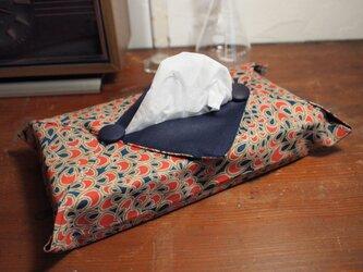 着物のティッシュカバー(孔雀)の画像