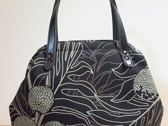 ハワイ直輸入生地 ニューム口のバッグ 黒の画像