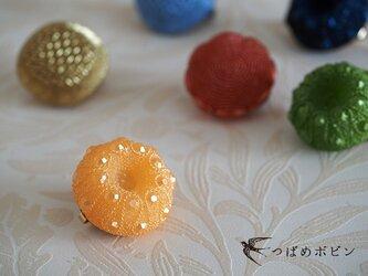 舶来ヴィンテージボタンのブローチ/帯留め◎ライトオレンジ A【送料無料】の画像