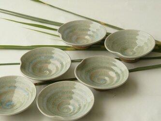 灰釉の小皿の画像