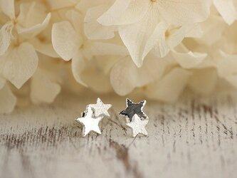 シルバー 寄り添う2つの星たち ピアスの画像