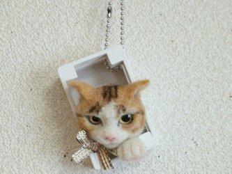 茶白猫 羊毛フェルト オーナメントの画像