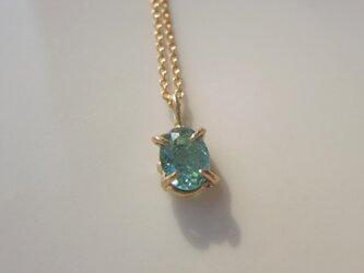 バイカラートルマリンのネックレスの画像