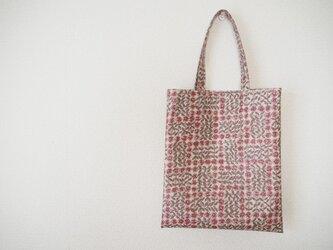 リバティ ラミネートミニバッグ 「Sleeping Rose」ピンクの画像