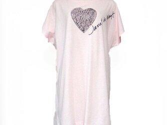 ハートレースフラワーTシャツ ピンクの画像