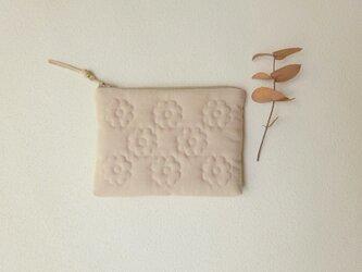 花キルトのスリムポーチ(miniピンクベージュ)の画像