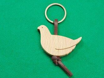 ライチョウ / 雷鳥 <メス> 木のキーリングの画像